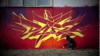 getlinkyoutube.com-Graffiti Street Art - Dare