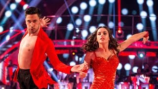 getlinkyoutube.com-Georgia May Foote & Giovanni Pernice Cha Cha to 'I Will Survive' - Strictly Come Dancing:  2015