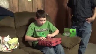 getlinkyoutube.com-Awesome Christmas Presents Xbox One Games & Console Part 1