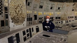 getlinkyoutube.com-inside Chernobyl ЧАЭС sarcophagus 2016 - reactor #4 control room and lead-lined corridors