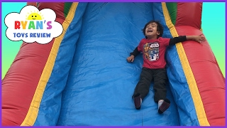 getlinkyoutube.com-Inflatable Outdoor Playground for kids bounce house! Giant Slides Children Play Center Fun