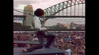 getlinkyoutube.com-THIN LIZZY   The Boys Are Back In Town live Sydney Opera 1978 (w. Gary Moore)