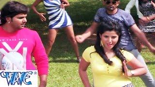 getlinkyoutube.com-Jawani Ke Jata Me - जवानी के जाता में -Suhaag - Pawan Singh-Smriti Sinha -Bhojpuri Hot Song 2015