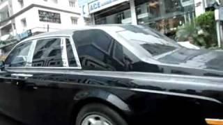 getlinkyoutube.com-Bollywood - Amitabh Bachchan Rolls Royce Phantom.flv