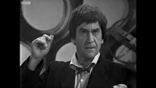 getlinkyoutube.com-The TARDIS explodes - The Mind Robber - Doctor Who - BBC