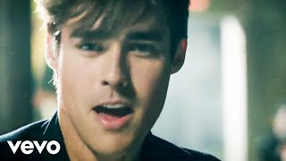 getlinkyoutube.com-Jorge Blanco - Light Your Heart (Official Video)