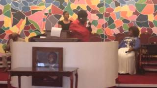 getlinkyoutube.com-Duranice Pace 2015, singing and preaching!