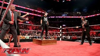 Sting ambushes Triple H and Seth Rollins: Raw, Aug. 24, 2015