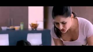 Kareena Kapoor show boobs for stylish trick by sharif