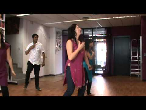 Bollywood Dancing with Sandra, Sonia and Pooja in Sabadell, Spain