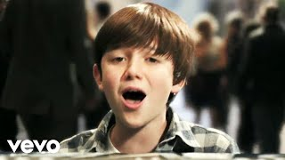 getlinkyoutube.com-Greyson Chance - Waiting Outside The Lines