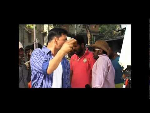 Making of Chinta Ta Ta Chita Chita with Kareena Kapoor - Rowdy Rathore