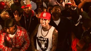 YG - Bitches Aint Shit (ft. Tyga & Nipsey Hussle)