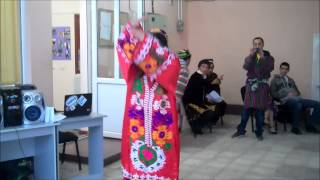 getlinkyoutube.com-Kulobi dance by Konibodomi girl :)