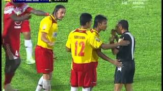 getlinkyoutube.com-Kelantan vs Selngor  (Gol  & Insiden Kad Merah !!!!!!!!!!!! )