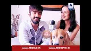 getlinkyoutube.com-Sanaya-Mohit's first Valentine after marriage