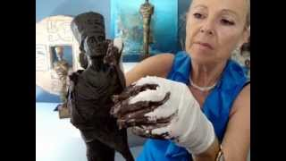 getlinkyoutube.com-PowertexCreations U.S. Make your own sculpture with Powertex - Nefertiti