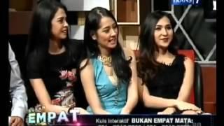 Cewek cantik Dena Rachman Buka-bukaan (Part 2)