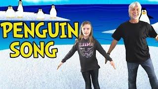 getlinkyoutube.com-Penguin Song - Penguin Dance - Brain Breaks - Children's Songs by The Learning Station