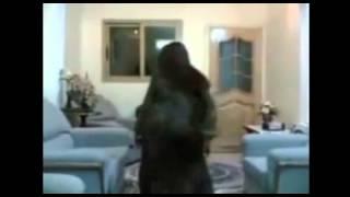 getlinkyoutube.com-رقص يمني بنت صنعاء رقص غربي جلسات الخليج