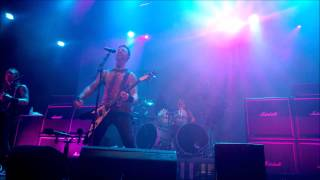 getlinkyoutube.com-Bullet For My Valentine  - The End (Live in Rio - Circo Voador)