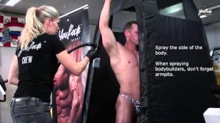 getlinkyoutube.com-Bodybuilding competition spray tanning training