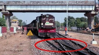 getlinkyoutube.com-CONSPICUOS FOOTAGE ! ONE OF THE RARE DIAMOND CROSSING OF INDIAN RAILWAYS