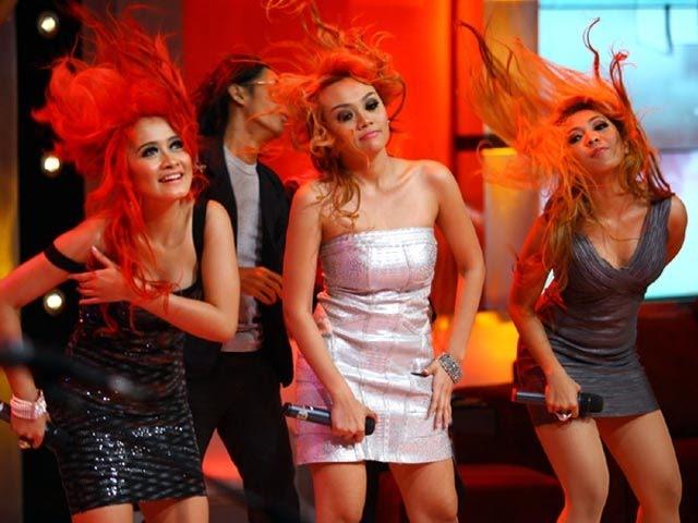 HAJAR BLEH  - TRIO MACAN  karaoke dangdut ( tanpa vokal ) cover #adisTM