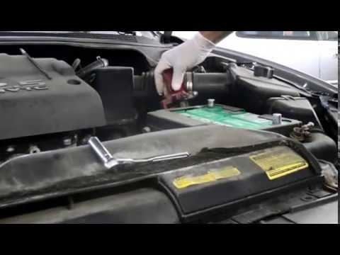 How to replace the battery on a Nissan