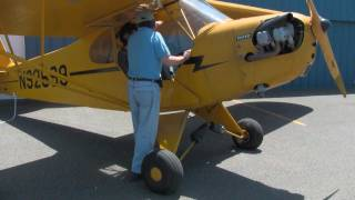 getlinkyoutube.com-Learning to Fly in a Piper Cub