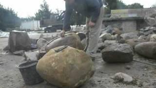 getlinkyoutube.com-łupanie polnych kamieni  (bytów)