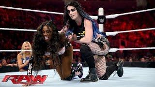 Paige vs. Naomi: Raw, Aug. 3, 2015