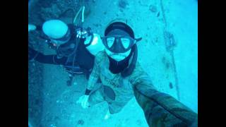 getlinkyoutube.com-4 FreeDiving Tricks to Play on Scuba Divers