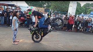 getlinkyoutube.com-Yamaha R15 Club Tangerang Selatan, Rayakan 1st Anniversary , Hibur pengunjung Parjo dengan Freestyle