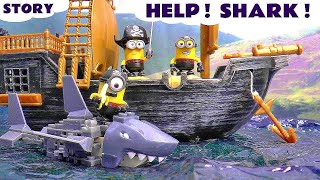getlinkyoutube.com-Funny Pirate Minions rescued by Paw Patrol | Mega Bloks Minions Shark Bait Treasure Set