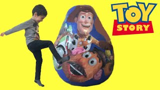 getlinkyoutube.com-Disney Toy Story Surprise Egg Unboxing Opening Buzz Lightyear Woody Jessie Mr Potato Head Toys