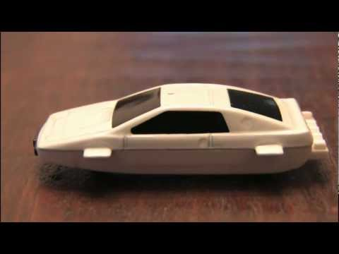 JAMES BOND LOTUS ESPRIT submarine car review by CGR Garage