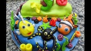 Gâteau d'anniversaire pâte à sucre...تزيين حلوى عيد ميلاد بعجين السكر