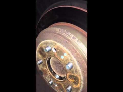 За 20 минут меняем подшипник заднего колеса 05 Honda Odyssey