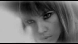 Gülşen – Ne Kara Kaşına ( Adı Aşk Sebebimin ) mp3 dinle