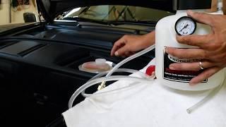 getlinkyoutube.com-Porsche (997) Brake Fluid Flush using Motive Power Bleeder