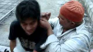 getlinkyoutube.com-インドで耳掻きをしてもらったよ