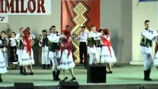 "getlinkyoutube.com-Ardeleana: Bihor ""Pe Picior"" - Traditional dance in Romania"