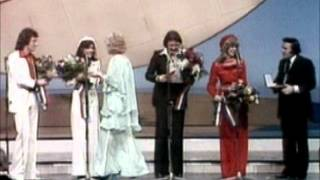 getlinkyoutube.com-How Bout Us BROTHERHOOD OF MAN (cover of Champagne song from 1981)
