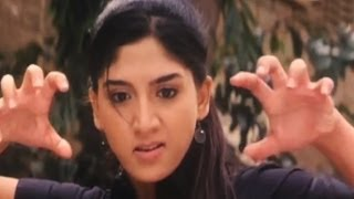 getlinkyoutube.com-Ayesha Action Scene Ever | Lady Bruce Lee | Malayalam Movie Scene