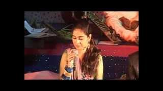 Bol Meri Taqdeer Mein Kya Hai - Film - Hariyali Aur Rasta ( Mukesh & Lata ) width=