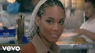 getlinkyoutube.com-Alicia Keys - You Don't Know My Name