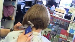 getlinkyoutube.com-Suzy's graduated bob aline clipper haircut video