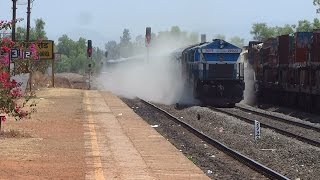 getlinkyoutube.com-CRACKERS OF KONKAN RAILWAY : Janshatabdi Express + Mangalore Superfast + Konkankanya Express