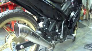 getlinkyoutube.com-Yamaha Crypton X 135 race guns exhaust instalation by modifying garage sifneos paros